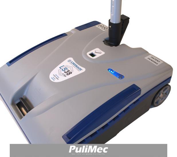 LINDHAUS LS 38 L-ION-ELECTRIC Mini spazzatrice aspirante multifunzione per pavimenti e tappeti,anche per esterno.